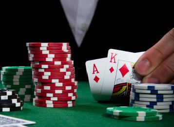 poker.JPG - 15.04 Ko